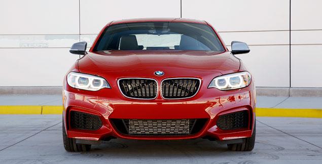 Первый тест маленького купе BMW 2 Series. Фото 3