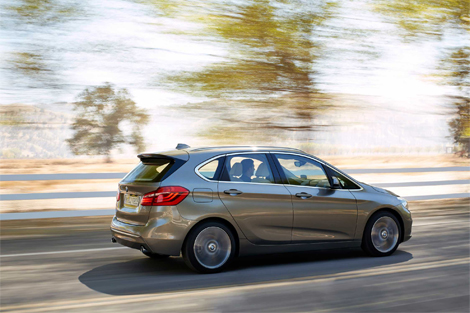 Компактвэн BMW 2-Series Active Tourer дебютирует в Женеве