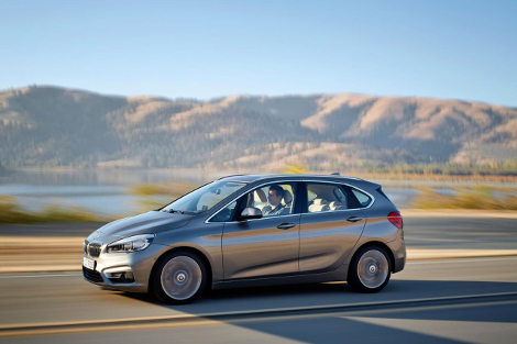 Компактвэн BMW 2-Series Active Tourer дебютирует в Женеве. Фото 4