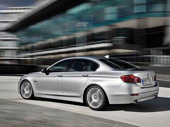Машины BMW смогут предугадывать обгон