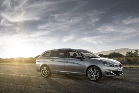 Компания Peugeot рассказала подробности о модели 308 SW