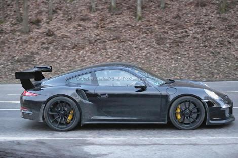 Компания Porsche начала дорожные испытания модели 911 GT3 RS. Фото 1