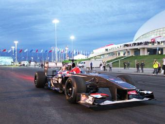 Экклстоун предложил сделать Гран-при России ночным