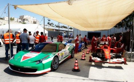 В демонстрационных заездах приняли участие команды Ferrari и Marussia. Фото 1