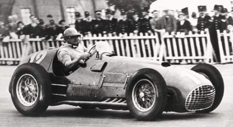 Аргентинский гонщик Хосе Фройлан Гонсалес cкончался в возрасте 90 лет
