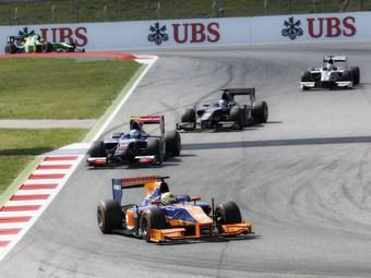 Гоночная серия GP2 отказалась от новых болидов ради экономии
