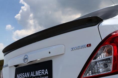 Бюджетный седан получил аэродинамический обвес кузова. Фото 2