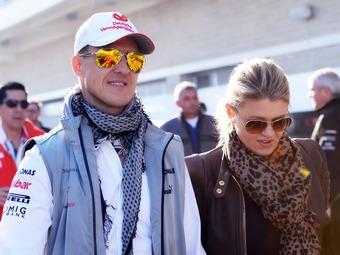 Шумахер подарил пострадавшим от наводнения полмиллиона евро