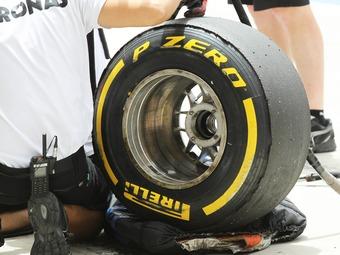 Компанию Pirelli обвинили в нанесении ущерба интересам Формулы-1