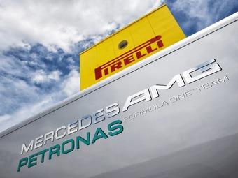 Mercedes AMG и Pirelli отделались устными предупреждениями