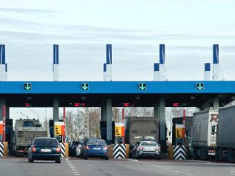 Проезд по трассе Москва-Петербург обойдется в 1200 рублей