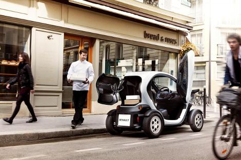Компактный электромобиль получил 180-литровый багажник