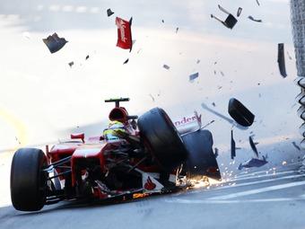 Гонщиков Формулы-1 защитят от ударов по касательной