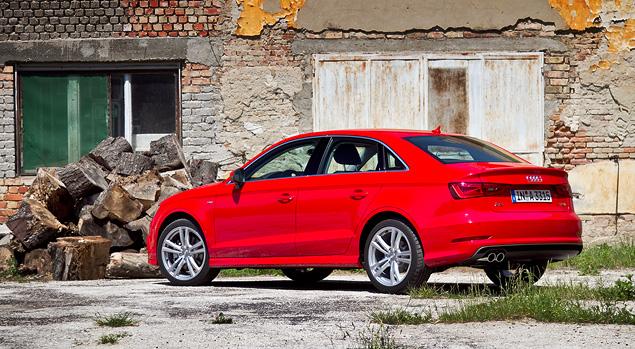 Зачем Audi A3 приделали багажник и удлинили название?. Фото 9