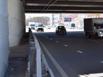 Дорожные ограждения в Москве станут безопаснее