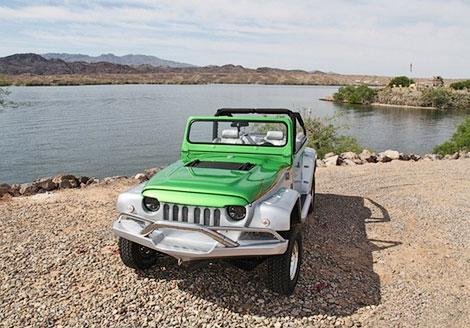 При движении по воде машина может развить 70,5 километра в час