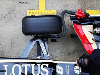 Команда McLaren обнаружила нелегальную подвеску у болидов Lotus