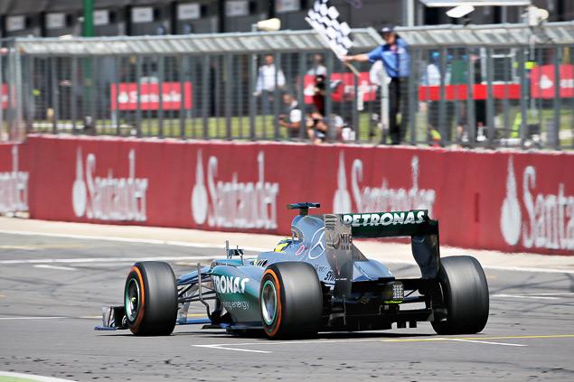 Нико Росберг выиграл непредсказуемый Гран-при Великобритании. Фото 5