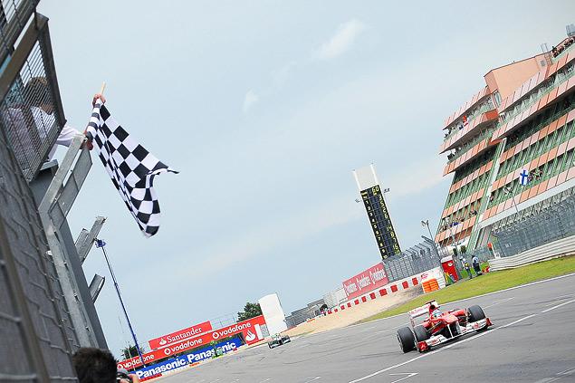 Нико Росберг выиграл непредсказуемый Гран-при Великобритании. Фото 7