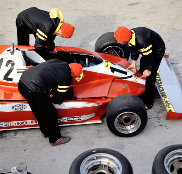 Как менялись покрышки Формулы-1 за 60 лет. Фото 2