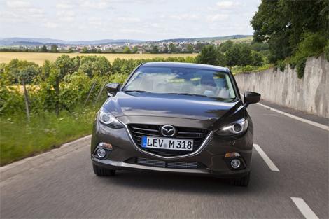 Продажи Mazda3 нового поколения стартуют в ноябре. Фото 1