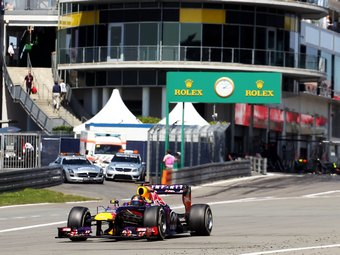 За два круга до финиша Гран-при Германии у Феттеля отказала KERS