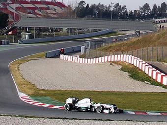 Команда Mercedes AMG попросилась на молодежные тесты Формулы-1