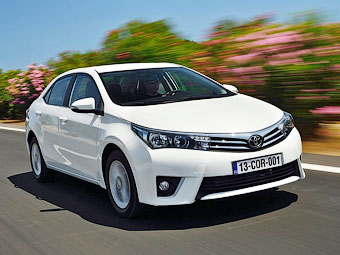 "Toyota назвала рублевые цены новой ""Короллы"""