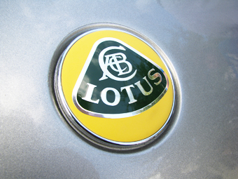 Спорткары Lotus сделают качественнее