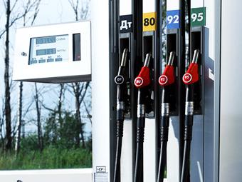 Бензин в России назвали одним из самых дешевых в Европе
