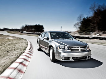 Chrysler продлил жизненный цикл трех моделей