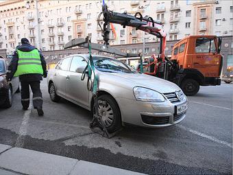 Москва введет три тарифа на эвакуацию легковушек