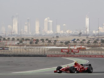 Тесты Формулы-1 пройдут в Дубае