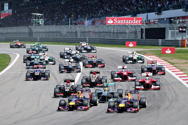 Льюис Хэмилтон выиграл Гран-при Венгрии. Фото 1