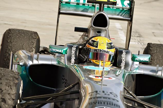 Льюис Хэмилтон выиграл Гран-при Венгрии. Фото 4