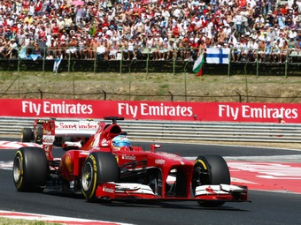 Судьи Гран-при Венгрии простили Алонсо незаконное использование DRS