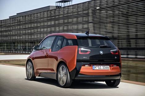 Компания BMW официально представила модель i3