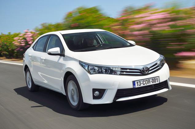 Выясняем, способна ли новая Toyota Corolla усидеть на двух стульях. Фото 4