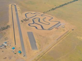 На казахском конопляном поле построят гоночную трассу