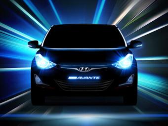 """Компания Hyundai опубликовала тизеры обновленной """"Элантры"""""""