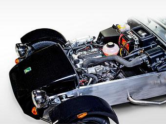 Спорткары Caterham оснастят трехцилиндровыми моторами Suzuki