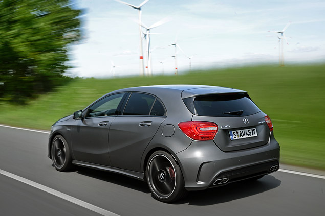 """Первый тест самого маленького """"заряженного"""" Mercedes-Benz – A 45 AMG. Фото 7"""