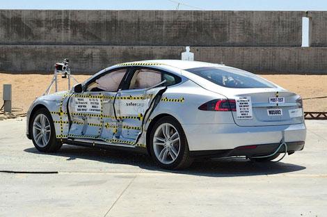 Модель компании Tesla впервые участвовала в испытаниях NHTSA. Фото 1