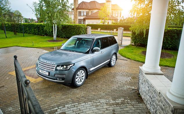 Сможет ли новый Range Rover  в одиночку заменить представительский седан и вездеход. Фото 2