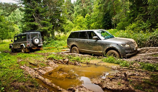 Сможет ли новый Range Rover  в одиночку заменить представительский седан и вездеход. Фото 15