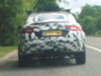 Кроссовер Jaguar впервые выехал на дороги