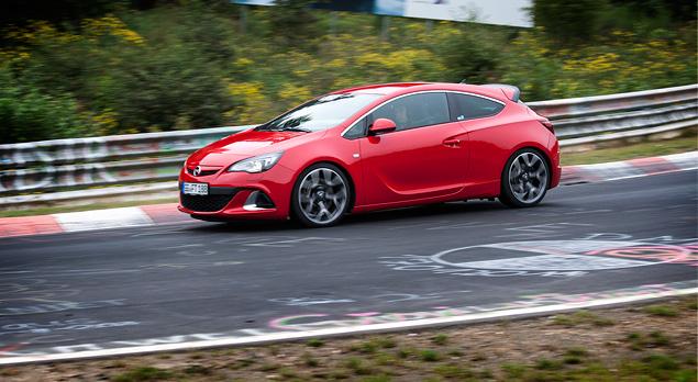"""Восемь кругов по """"Северной петле"""" Нюрбургринга за рулем спортивных моделей Opel OPC. Фото 7"""