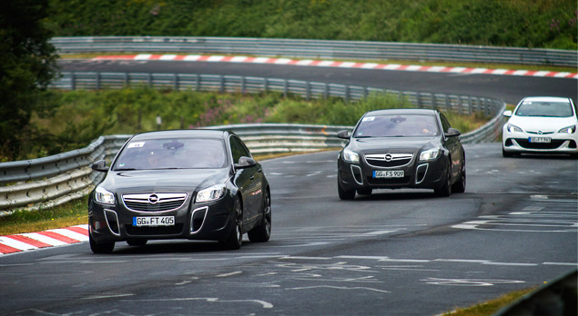 """Восемь кругов по """"Северной петле"""" Нюрбургринга за рулем спортивных моделей Opel OPC. Фото 8"""