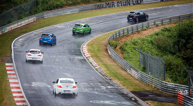 """Восемь кругов по """"Северной петле"""" Нюрбургринга за рулем спортивных моделей Opel OPC. Фото 10"""