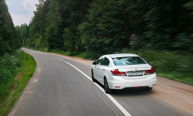 Зачем седану Honda Civic потребовался спешный рестайлинг. Фото 10